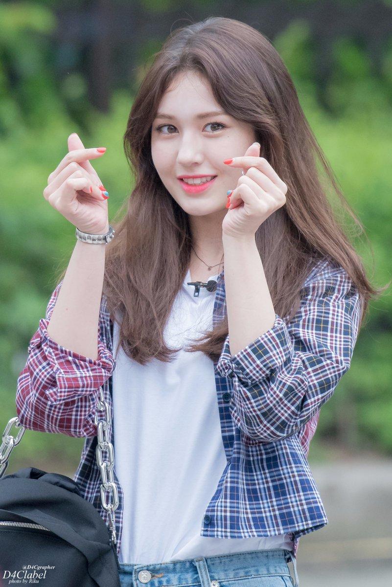 Girl Abs Wallpaper Jeon Somi I O I Asiachan Kpop Image Board