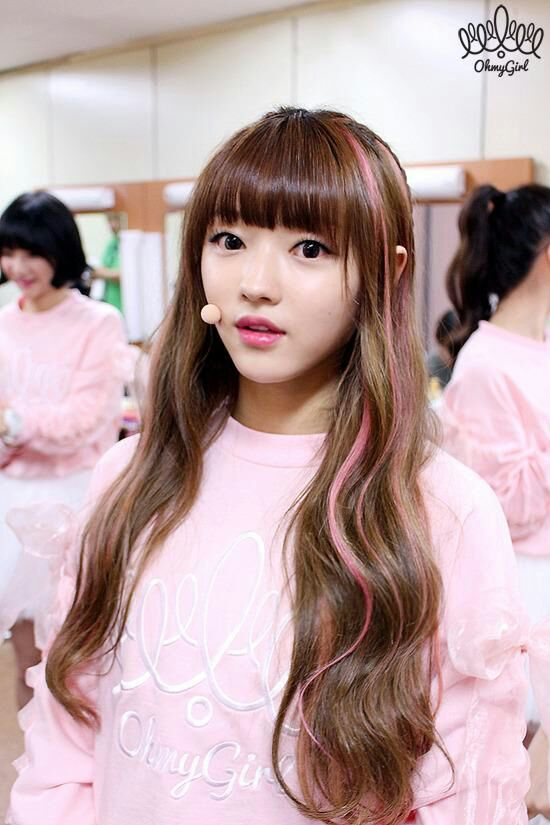 Girl Very Sad Wallpaper Oh My Girl Asiachan Kpop Image Board