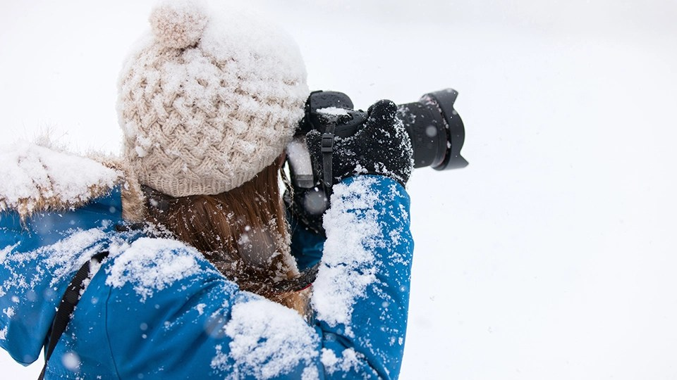 Free Snow Falling Live Wallpaper 7 Tips For Taking Photographs In The Snow B Amp H Explora