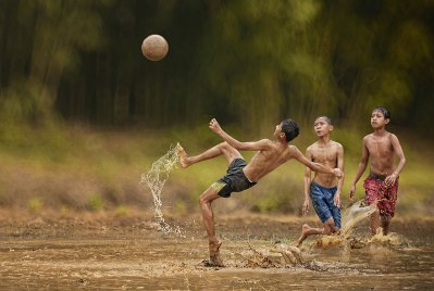 Everyday Life In Indonesian Villages Captured by Herman ...