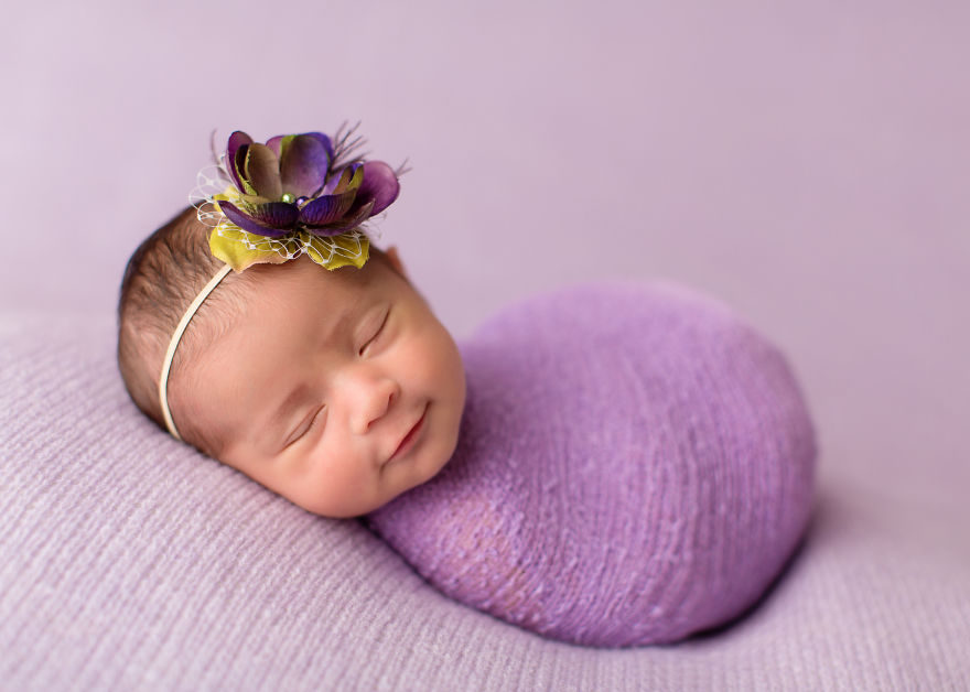 Pictures Of Newborn Babies Just Born Smiling Babies I Learned To Catch The Smiles Of Sleeping
