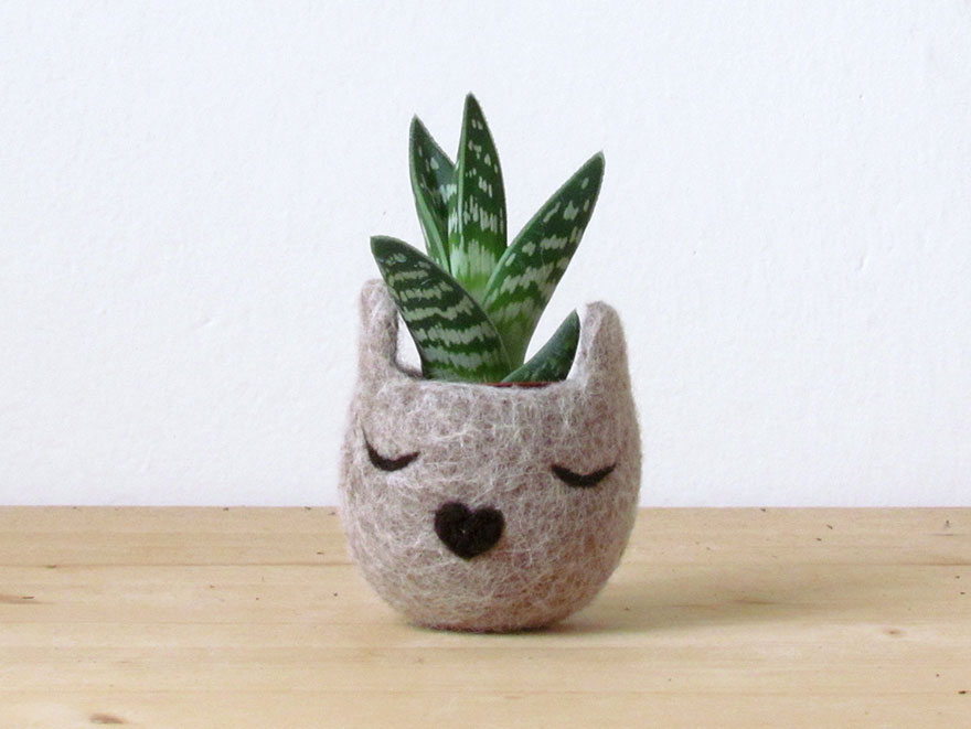 Cute Small Animals Wallpapers Animalplanters Turn Your Flower Pots Into Cute Animals