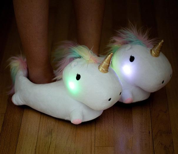 Unicorn-kapcie-light-up-8