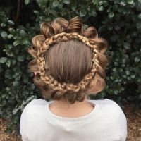Mom Braids Unbelievably Intricate Hairstyles Every Morning ...