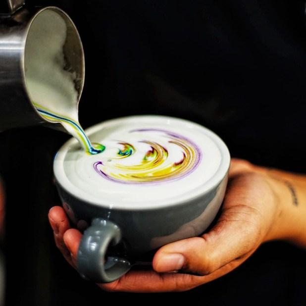 拿鐵咖啡藝術,食品染料梅森 - 索爾茲伯里-1