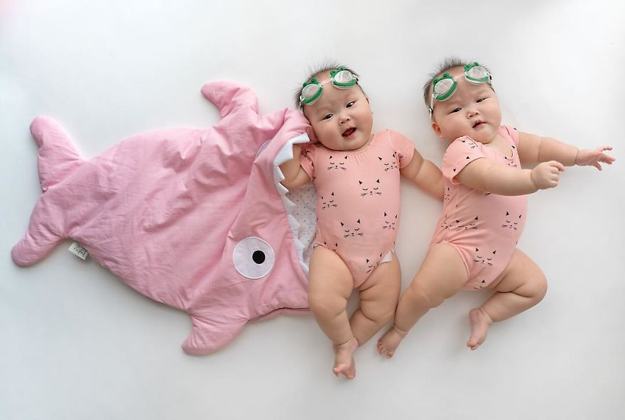 Cute Baby Face Wallpaper These Miracle Momo Twins Have The Cutest Matching Outfits