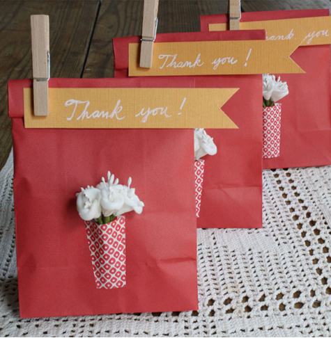 Maine Wedding Gift Bag Ideas : diy Projects} Paper Vase Favor Bags