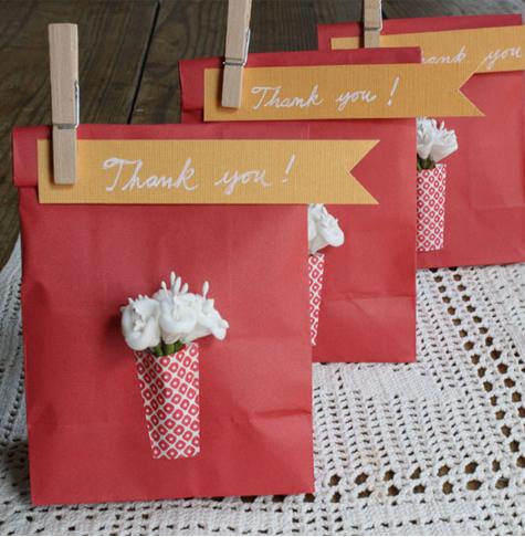 Paper Bag Wedding Favor Ideas : diy Projects} Paper Vase Favor Bags