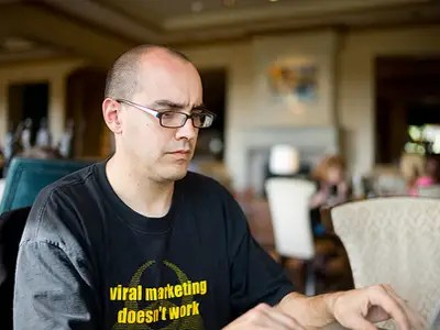 Hyperactive SuperAngel Dave McClure Starts Fund By And For Designers - dave mcclure