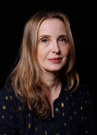 Us Military Wallpaper Quotes Julie Delpy Apologizes For Comments About African
