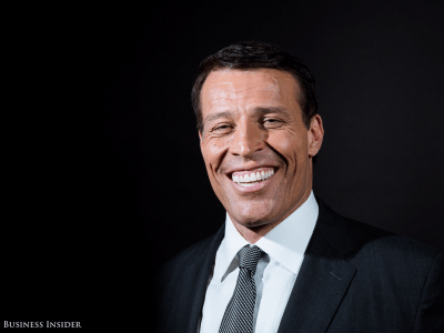 Why Tony Robbins says he's 'never met anyone smarter' than Ray Dalio | Business Insider