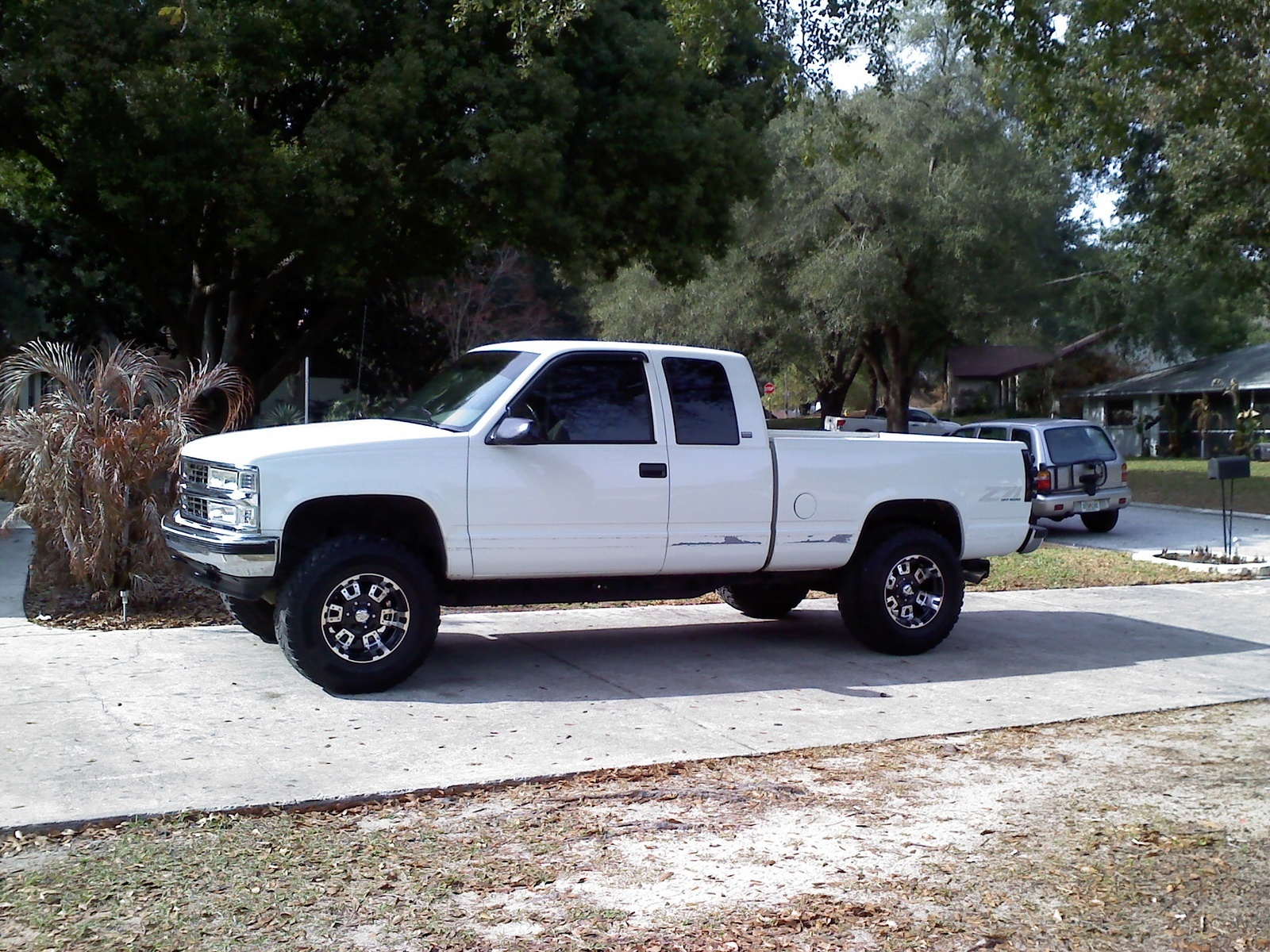 Parting 1990 Chevy Truck Extended Cab 89 Standard Cab 373