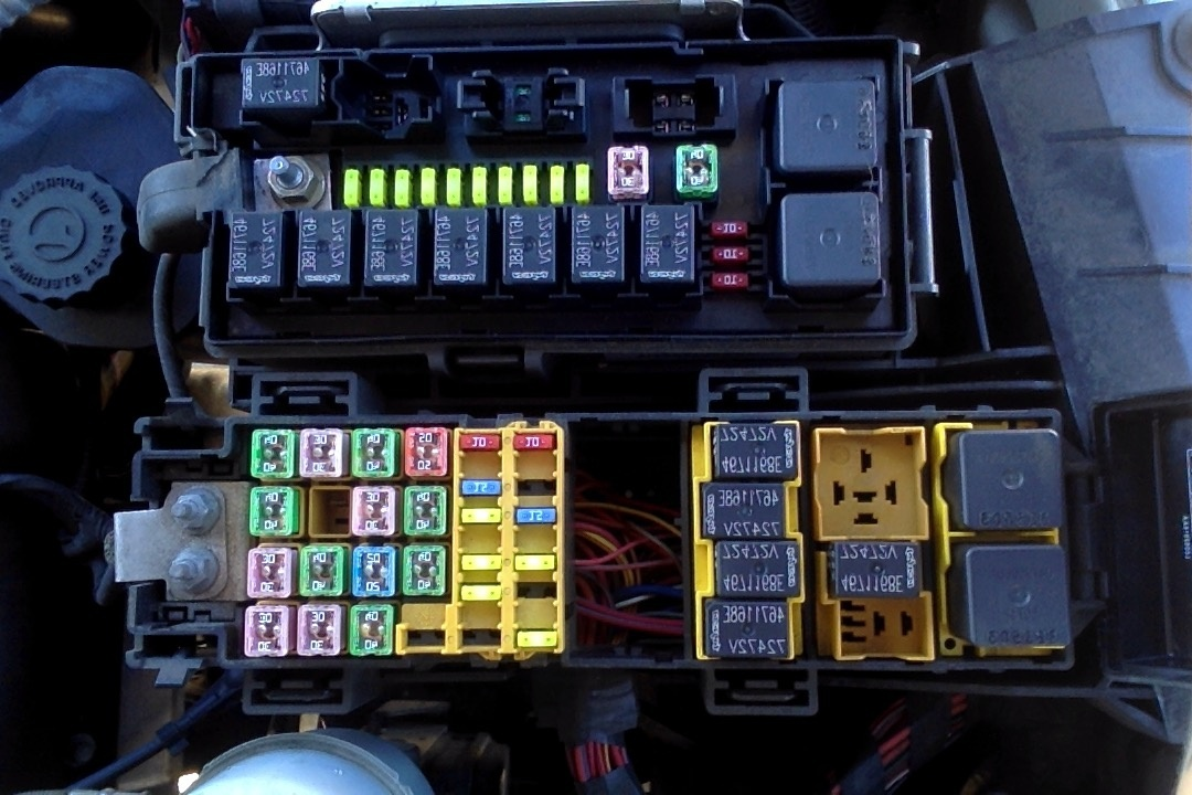 2006 Durango Fuse Box - Wiring Data Diagram