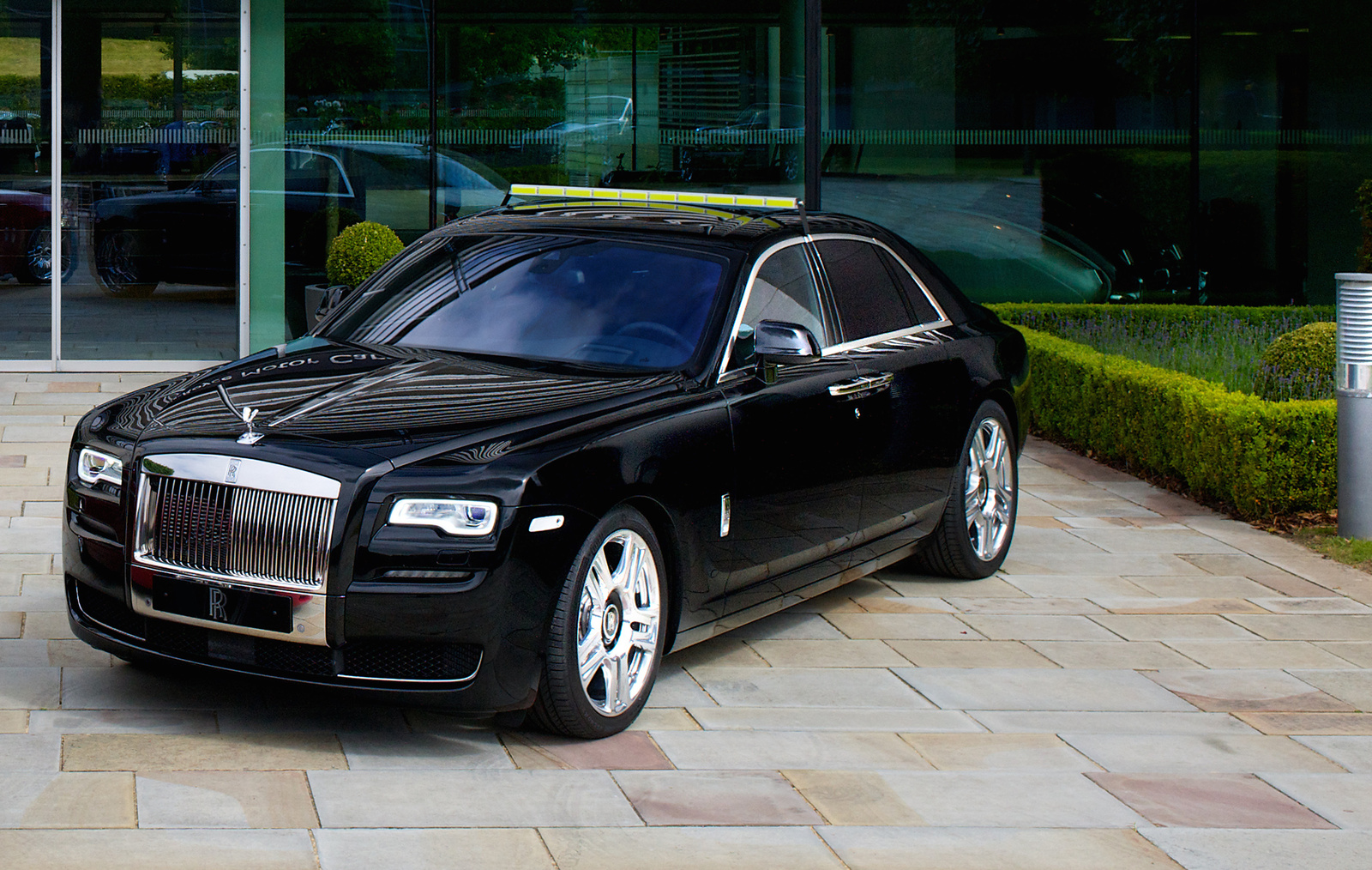 Www Hummer Limousine Car Wallpapers Com 2016 Rolls Royce Ghost Overview Cargurus