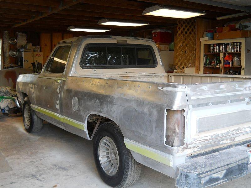 Dodge RAM 150 Questions - have a 1983 Dodge D150 the fuel gauge does
