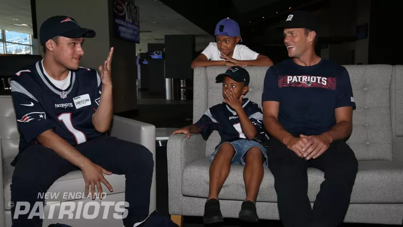 Tom Brady shares inspirational message with Make A Wish kids