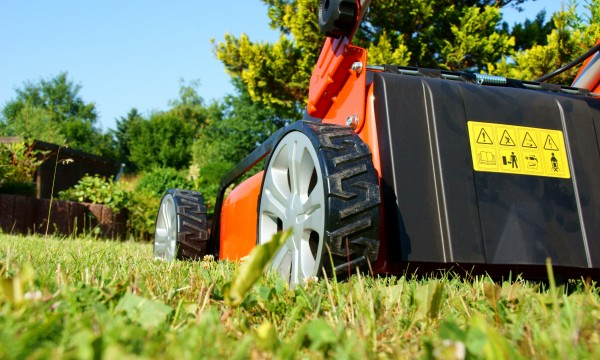 Mower care change the fuel filter, oil, and spark plugs Smart Tips