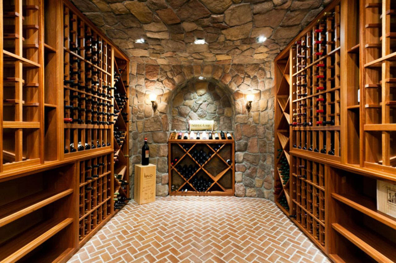 Small Wine Cellar Designs Enoteca San Daniele Da Serafino Colli Euganei