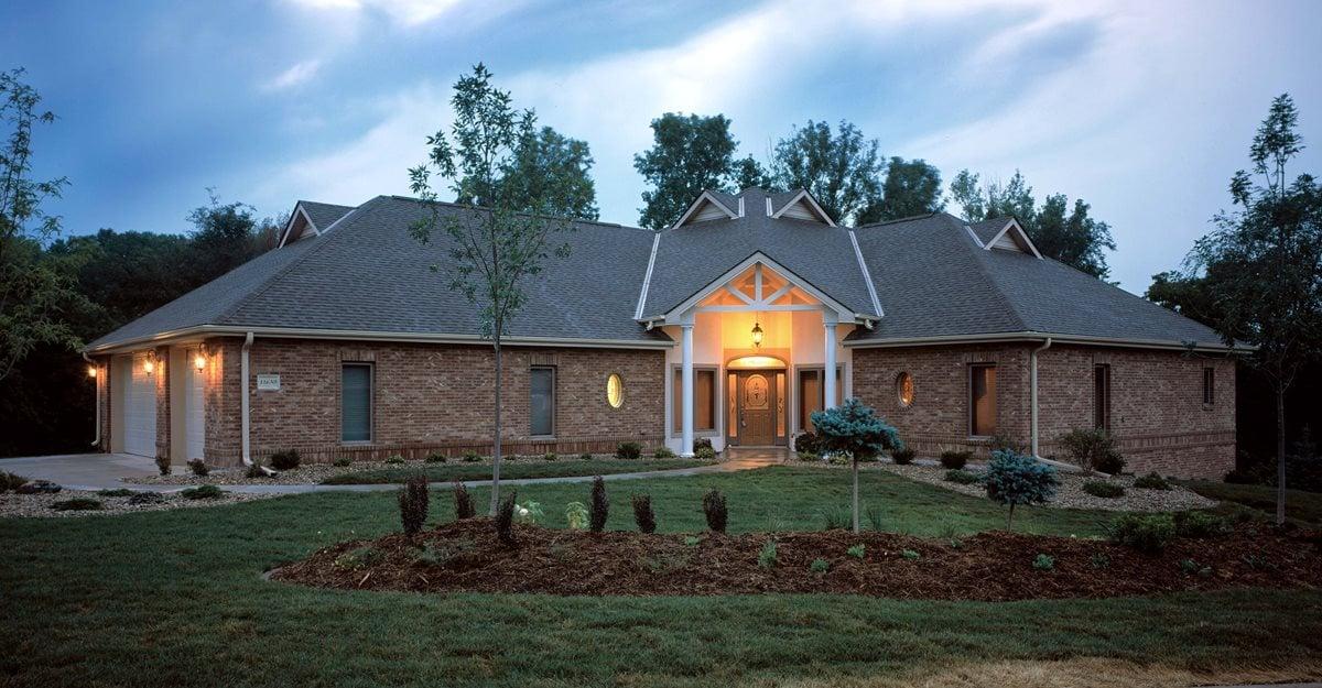 draw people building concrete house concrete home benefits modern concrete homes designs plans trend home design decor