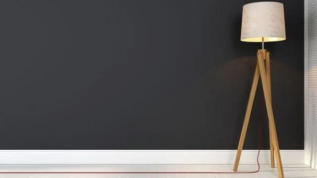 Peindre ou repreindre un mur  vidéo pour peindre et protéger ses - Plinthes Bois A Peindre