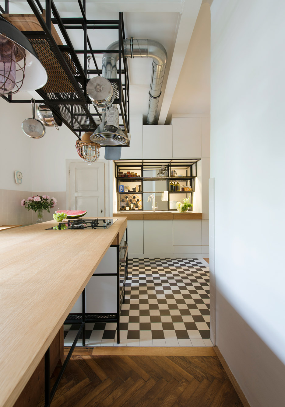 Keuken Art Deco Ifub Uncovers Parquet Flooring In 1930s Art Deco Apartment