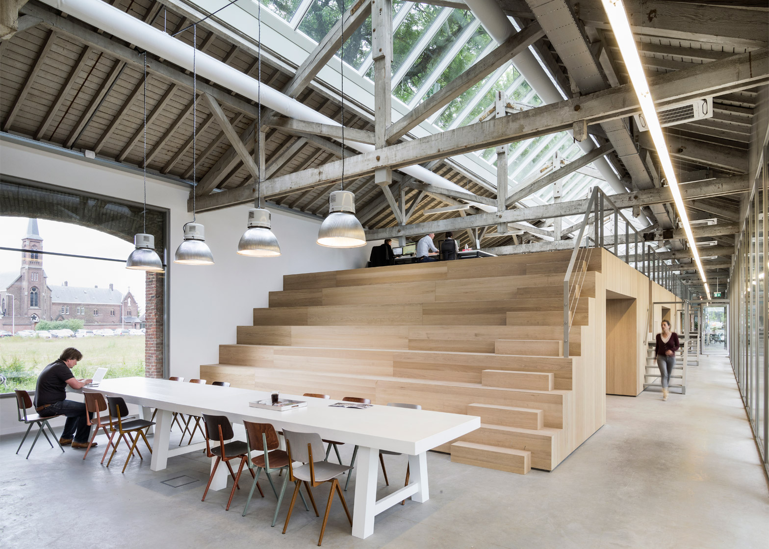 Brouwer Meubelen Bedaux De Brouwer Transforms Railway Warehouse Into Office