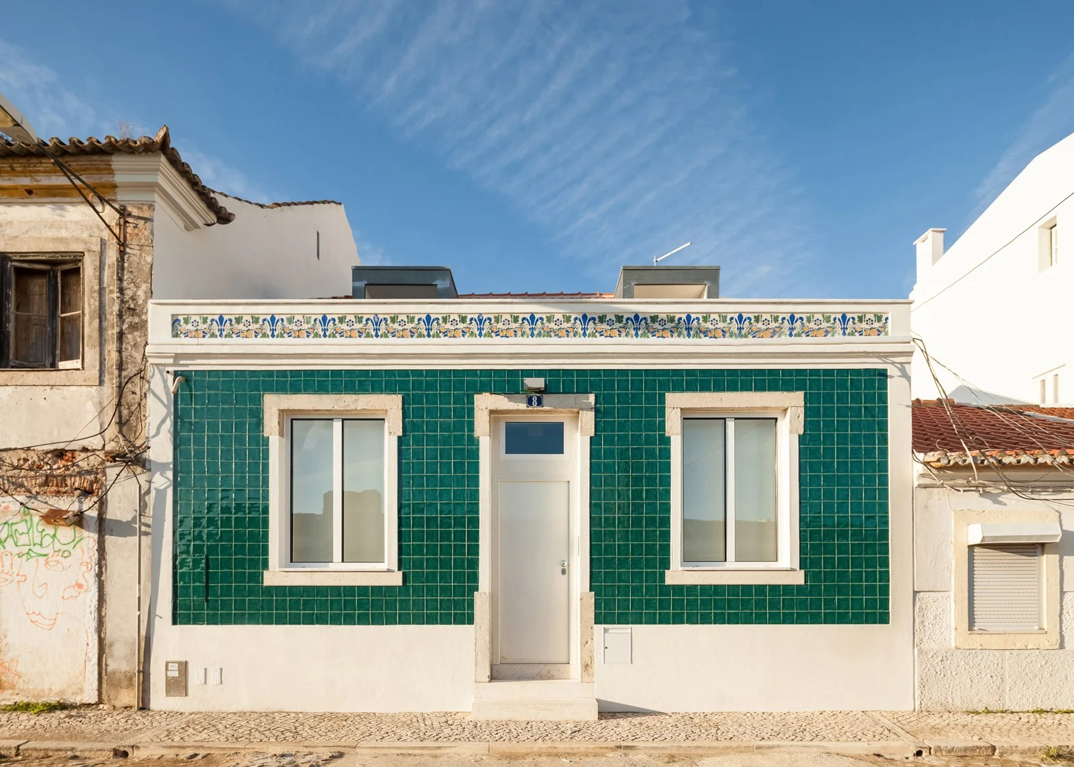 Renovation Facade Lisbon House Combines Traditional Facade With Modern Interior