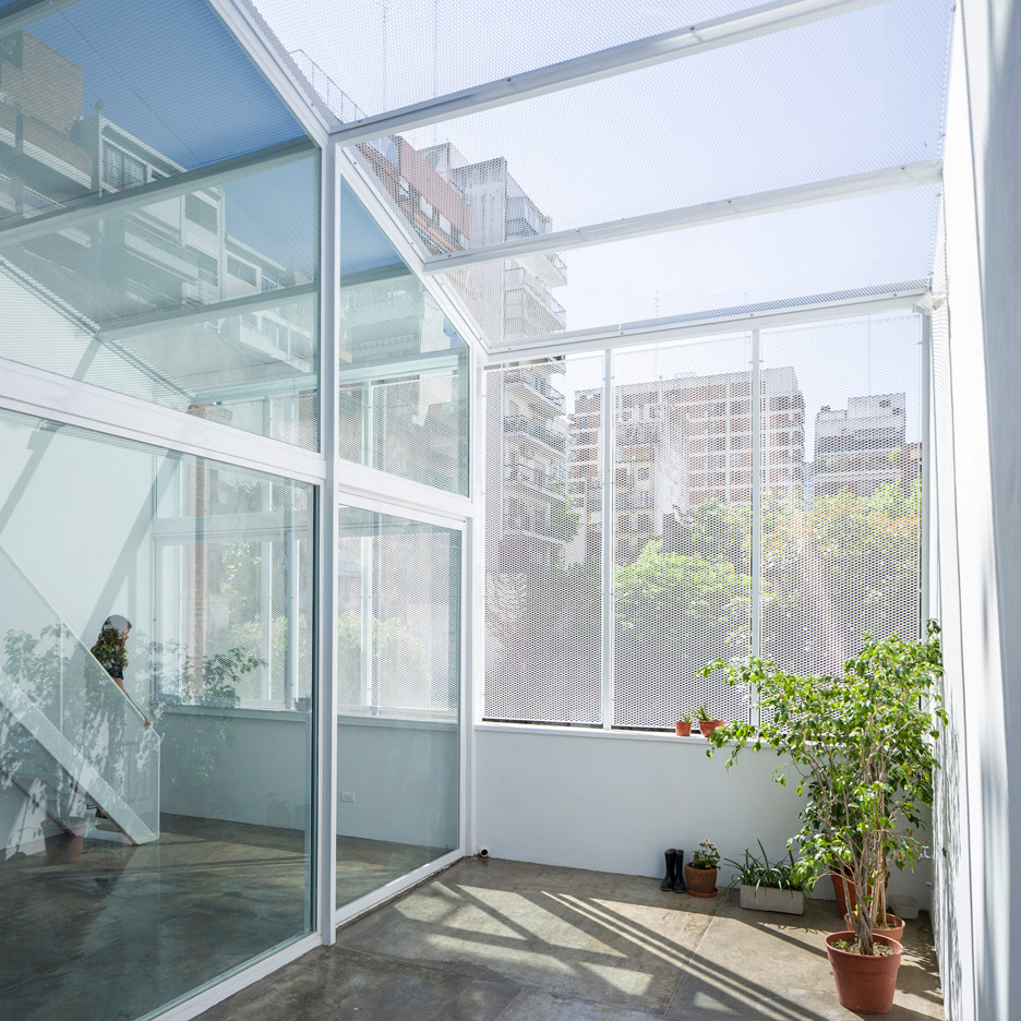 Desain Glass Block Greenhouse Architecture And Design Dezeen