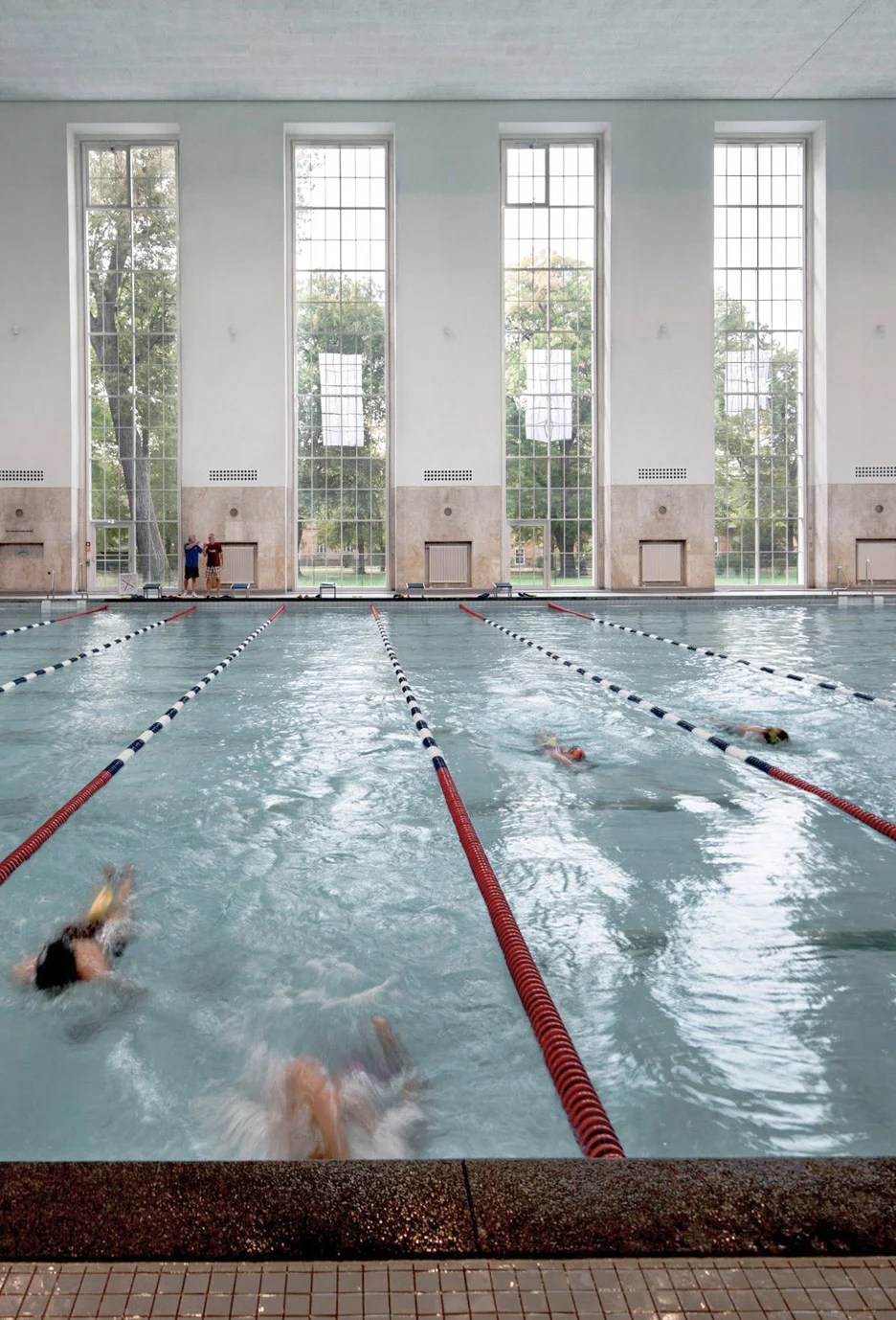 Swimmingpool Berlin Veauthier Meyer Architects Renovates Nazi Era Swimming Pool