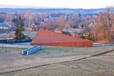 the-ulma-family-museum-nizio-design-poles-saving-jews-markowa-poland_dezeen_936_18