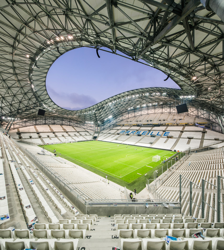 Architekt Stade Scau Adds Undulating Roof To Marseille Football Stadium