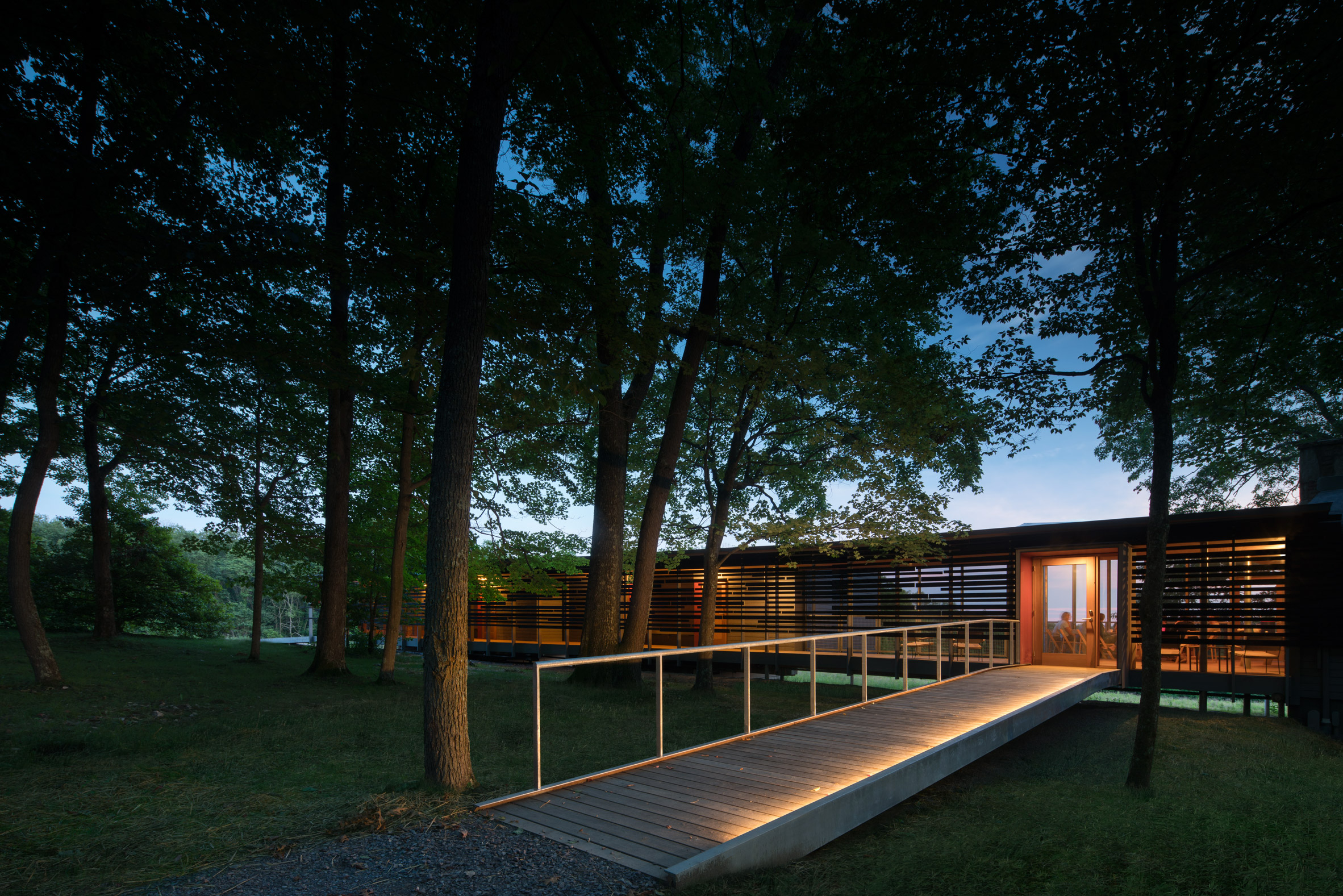 Falling Water House Usa Bohlin Cywinski Jackson Creates Cabins For Fallingwater Site In