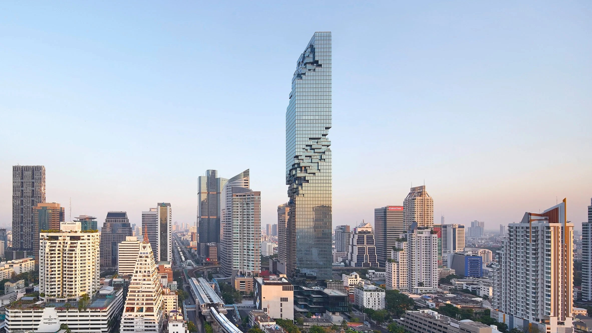 Büro Ole Scheeren Mahanakhon Tower Ole Scheerens Pixellated Mahanakhon Tower Photographed By