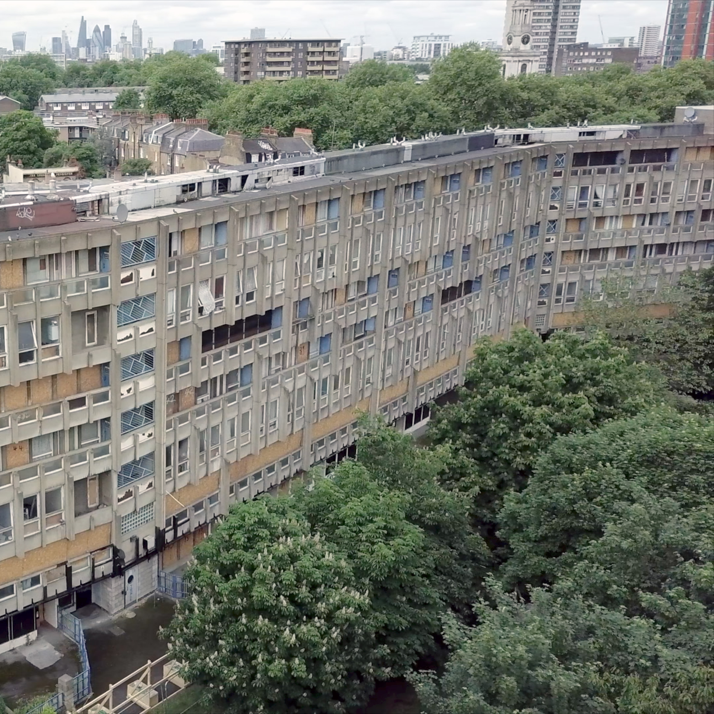 Hotel Auto Hogar Barcelona Opiniones Drone Footage Shows Robin Hood Gardens Ahead Of Imminent Demolition