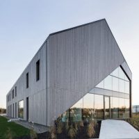 Maurice Martel disguises office building as contemporary ...