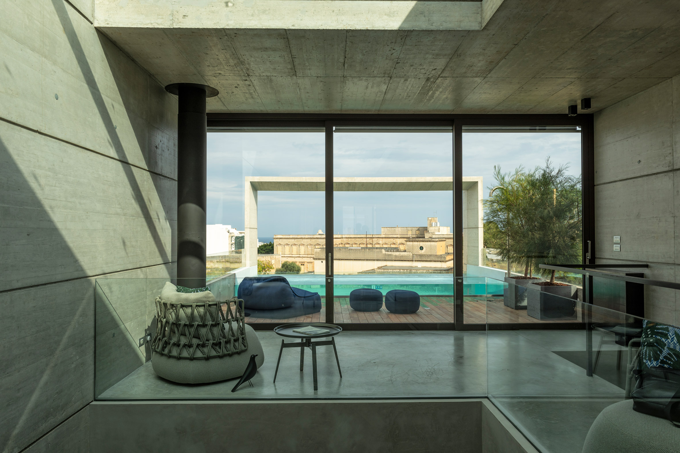 Casa Decoration Magasin Glass Sided Rooftop Pool Tops Concrete Casa B By Architrend