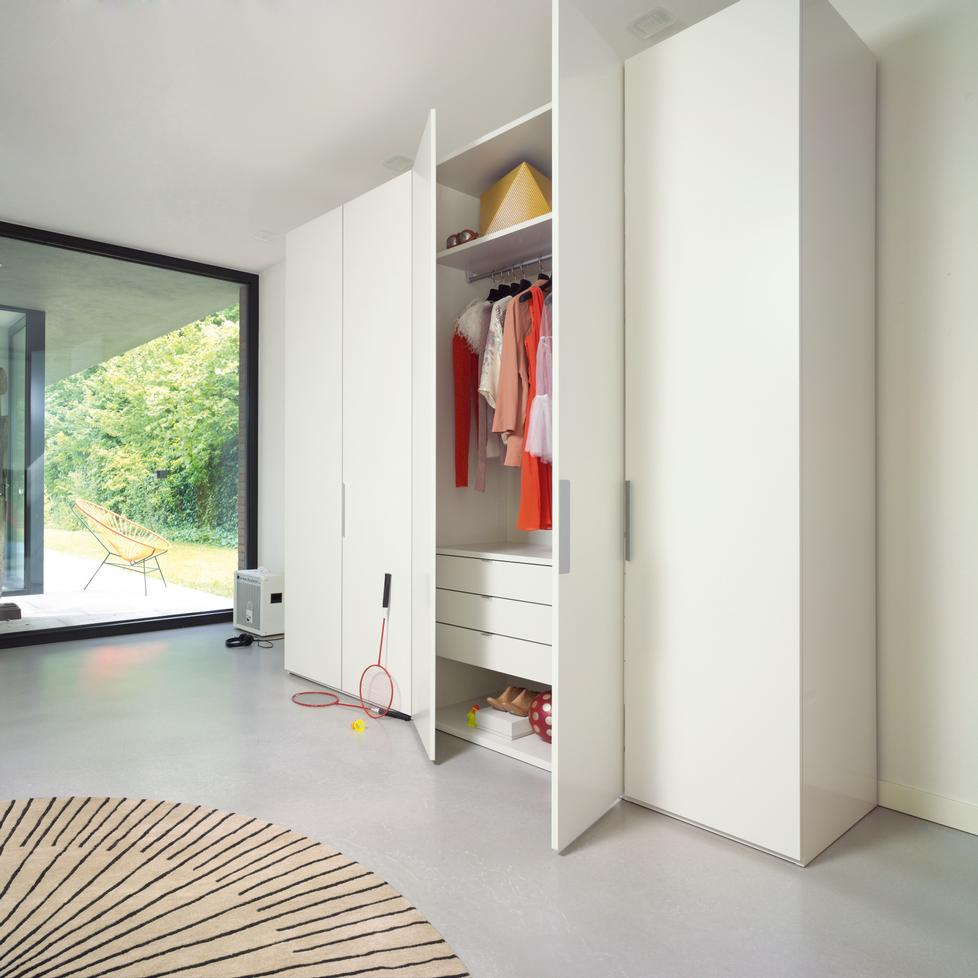 Designer Kleiderschrank Base Wardrobe By Interlübke