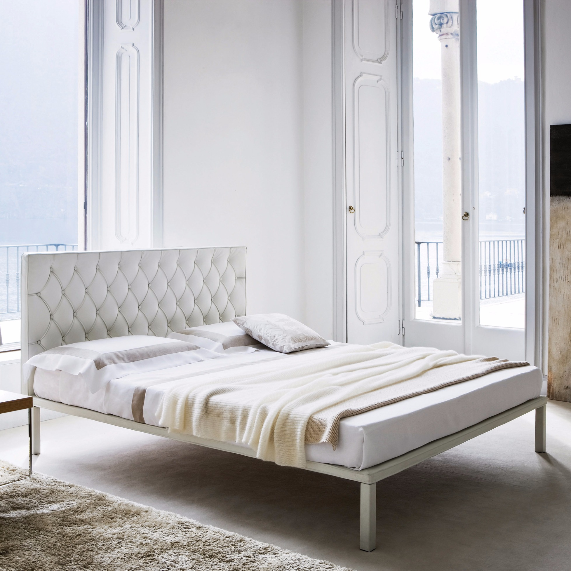 Lederbetten 200x200 Leather Bed Caracalla By Zanotta