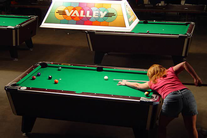 Billiards Table Vs Pool Table Difference And Comparison