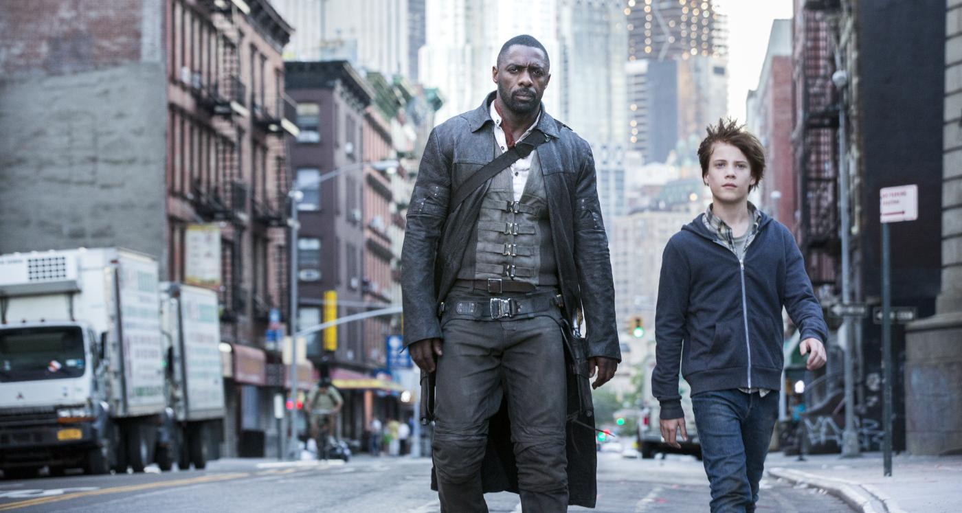 Idris Elba Films Dark Tower Scenes With Tom Taylor As Jake Is The Dark Tower Movie Any Good Here S What The Reviews Say Digg