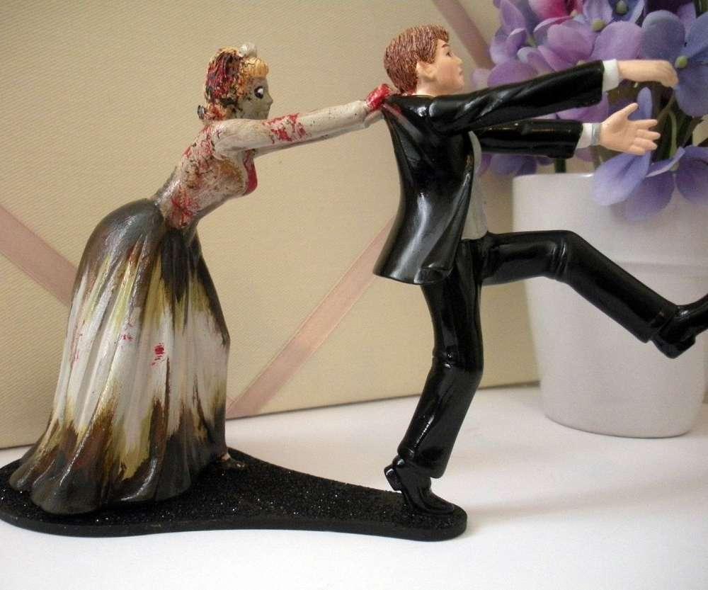 zombie wedding cake topper wedding cake topper Zombie Wedding Cake Topper