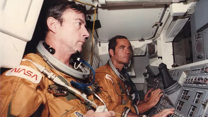 John Young, US astronaut and space shuttle commander, dies Euronews