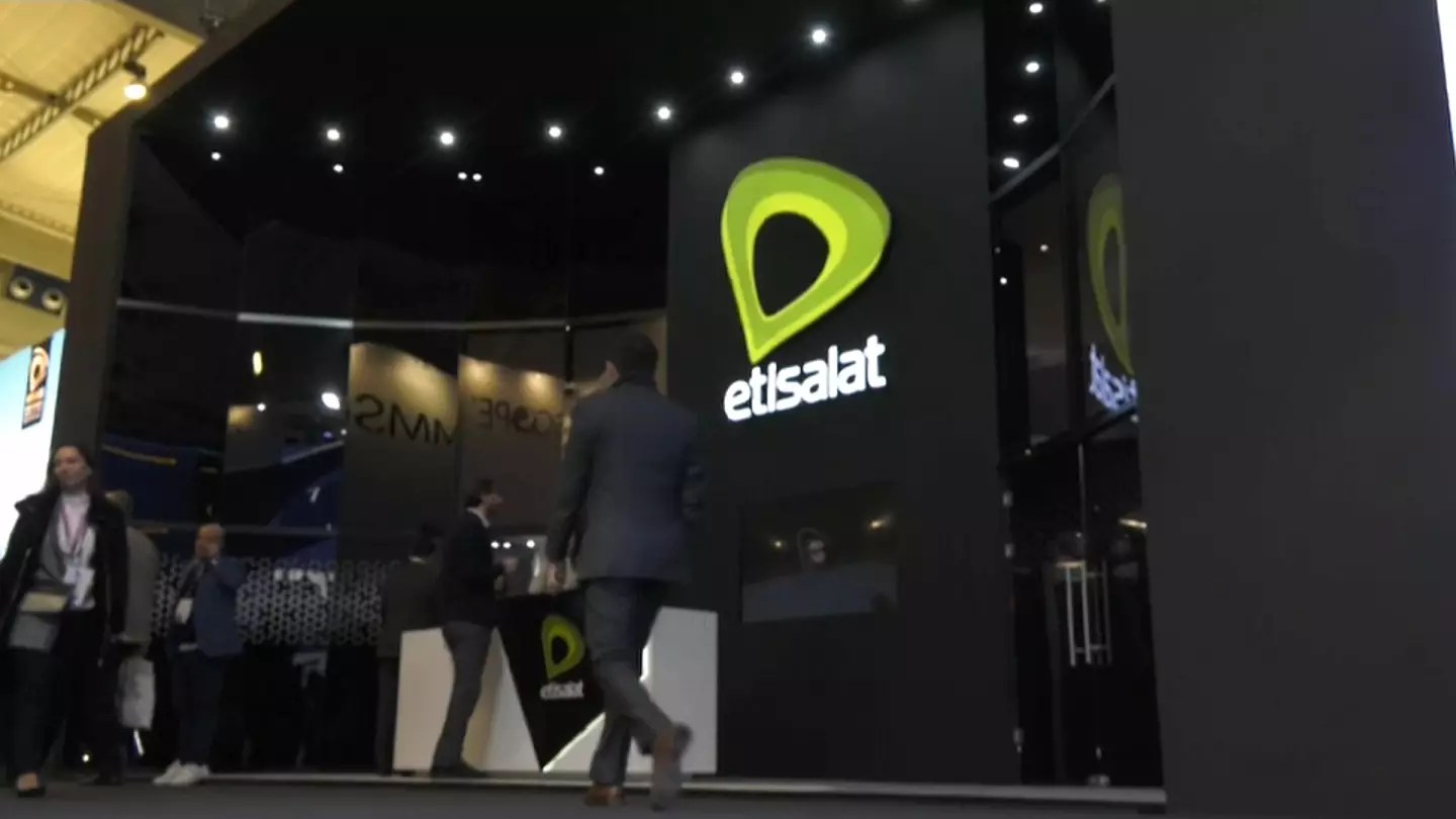 Mettsalat Etisalat Awarded Mena S Most Valuable Telecoms Brand Crown At Mwc In Barcelona
