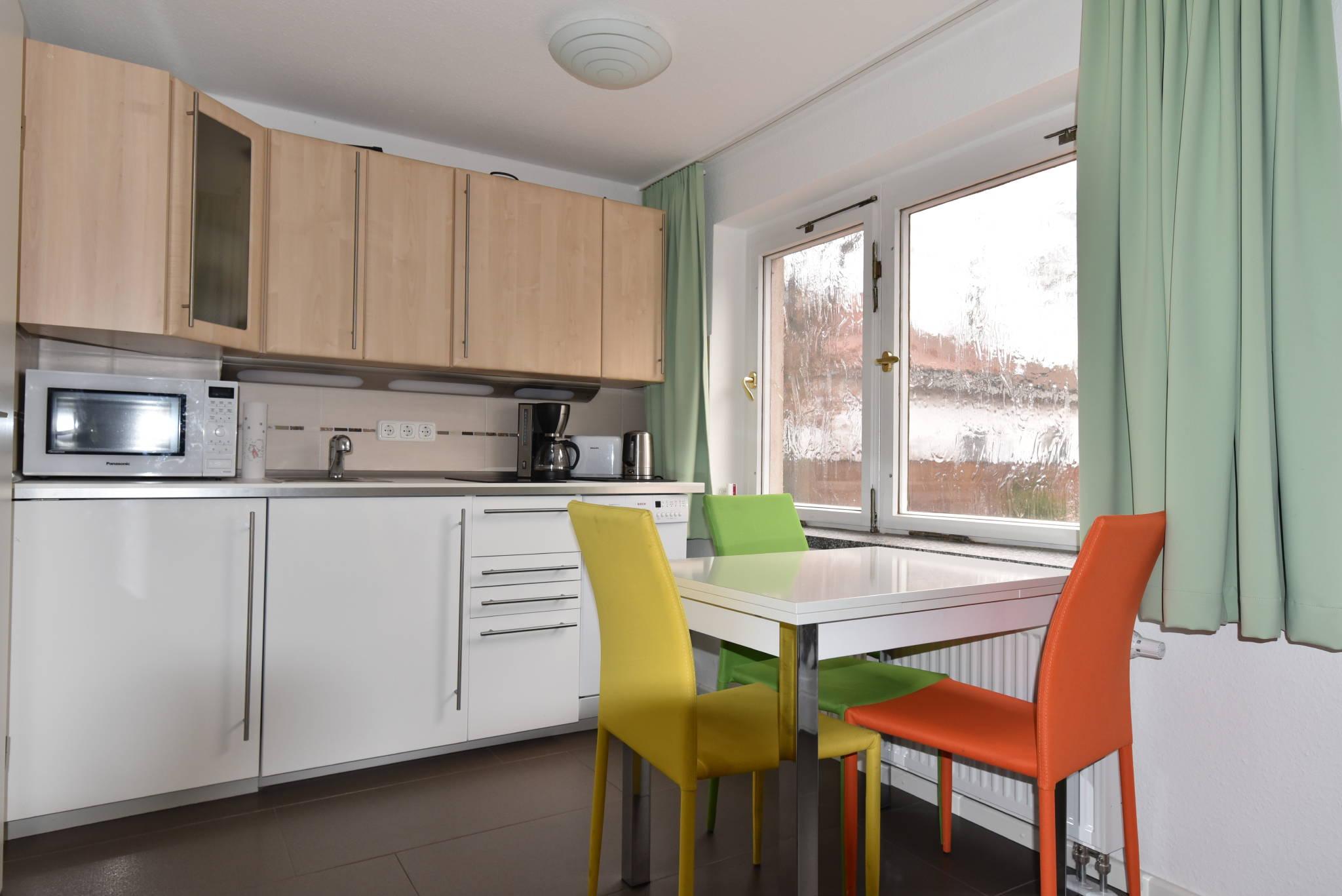 Bomann Kühlschrank Lüfter : Kuehlschrank leise kühlschranklüfter anschließen wohnmobil forum