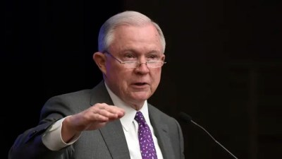 US attorney-general cites Bible in defence of tough immigration policy