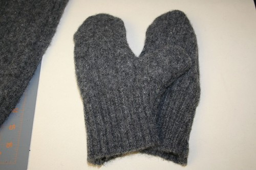 completed felted gloves