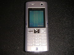 Sony Ericsson K608i (Front)