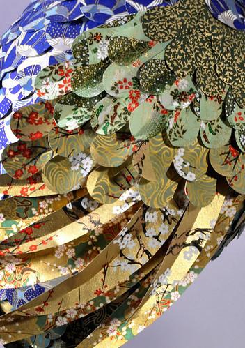 纸张材质使用东方金箔纸制作