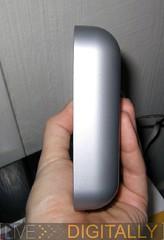 Thin speaker in hand