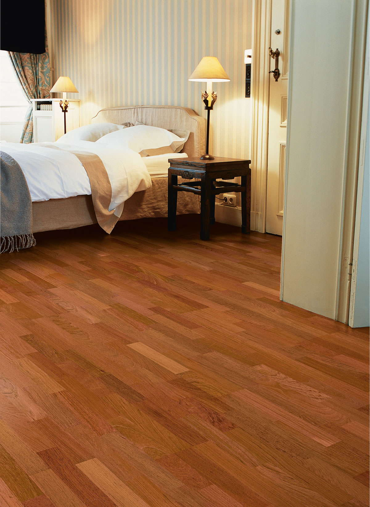 Slaapkamer Zandkleur Quickstep Villa Jatoba Satin Vil1367s Engineered Wood Flooring